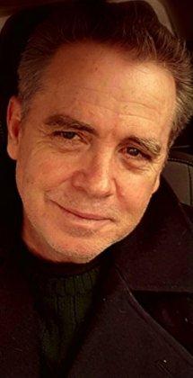 Tom Lowe - author
