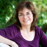 Leslie Budewitz - author
