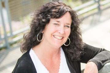 Amanda Hughes author